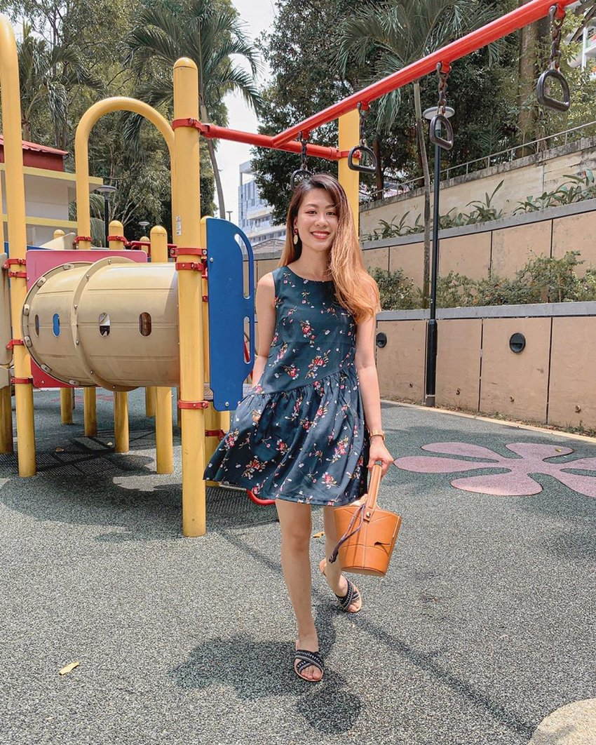 Playtime with this cute Gabby Dress Forest Floral from @shopsassydream! 🌲 Don't you just love dresses with pockets? This one has two (and I can't find the other one while trying to model 😂)! . #ParadeofOOTD #shopsassydream #ssdgirl #clozette