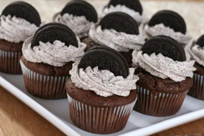 Loving this oreo cupcakes, I made one and it's delicious :