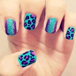 A new take on animal print nails - blue leopard!
