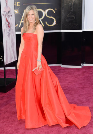 Best Oscars Dresses 2013 | Jennifer Aniston in Valentino